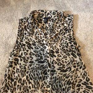 H&M sleeveless blouse - leopard print size 6